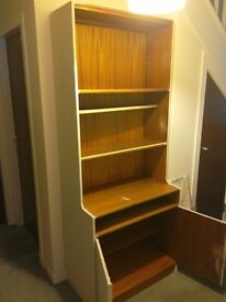 FREE!!! PROJECT!!! DISPLAY CABINET / DRESSER GREAT STORAGE PERHAPS FOR CHILDS ROOM? FREE!!!