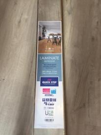 5 packs of quick step light oak 'impressive' flooring