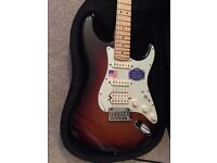 USA Fender American Deluxe Stratocaster HSS + case _ Beautiful GUITAR