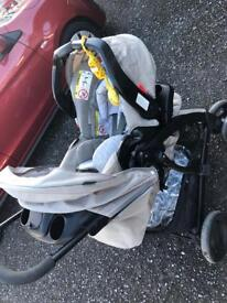 Graco complete travel system unisex in colour