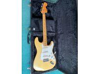Super nice 1974 Fender Stratocaster in rare blonde finish Excellent condition