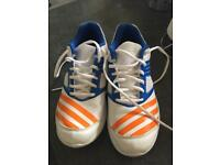 Adidas howzatt cricket shoes