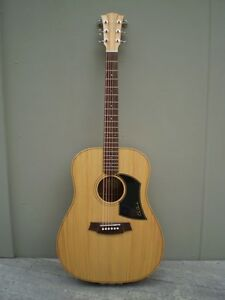 Cole Clark FL1 Acoustic Guitar Huskisson Shoalhaven Area Preview
