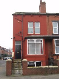 Spacious one bedroom garden flat with bills included to rent in LS11.