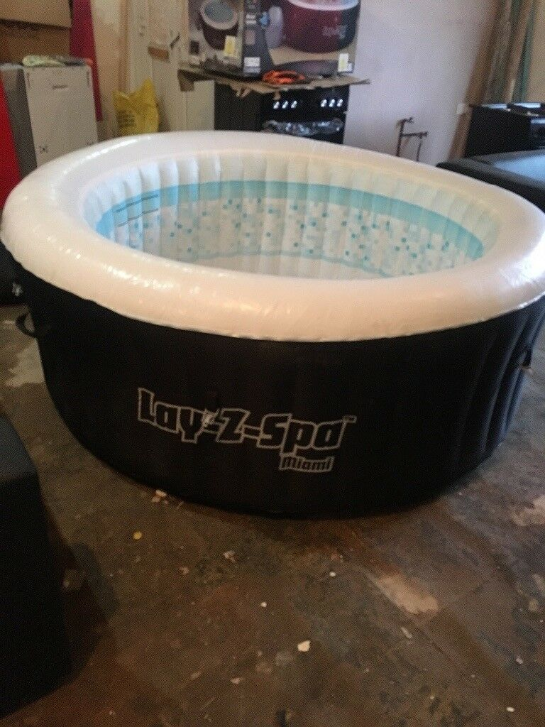 lay z spa hot tub jacuzzi miami second hand in. Black Bedroom Furniture Sets. Home Design Ideas