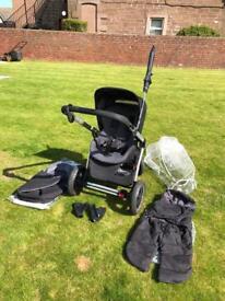 Grey & Black Maxi Cosy Mura Buggy & accessories