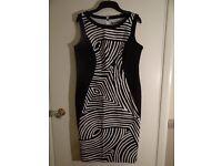 BNWT Marks & Spencer Black & White Print Shift Dress Size 14