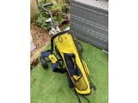 Junior Golf Clubs withTrolly/Bag.