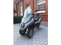 Piaggio mp3 300LT CAN BE DRIVEN ON CAR LICENCE