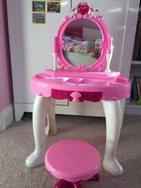 Little Girls Vanity/Dressing Table