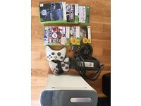 Xbox 360, 2 controllers, 6 games