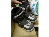 Snow board boots size 6