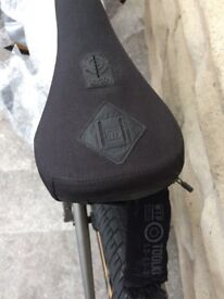 BRAND NEW WTP BMX SEAT WITH STASH POCKET AND TOOL SET