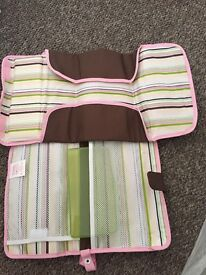 Mumchkin changing travel mat kit