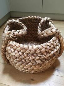 Large circular water hyacinth basket