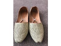 Asian men shoes