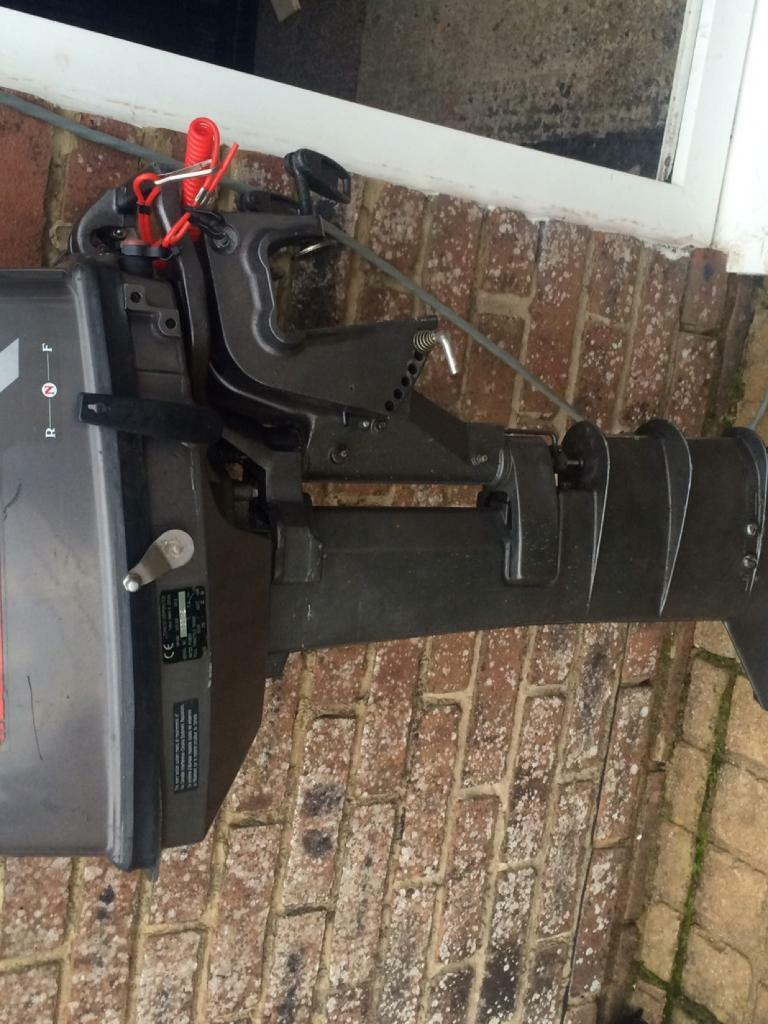 Tohatsu 9.8hp longshaftin Bournemouth, DorsetGumtree - TOHATSU 9.8hp longshaft outboard motor Runs and pumps water perfectHas had a new impeller fitted 2 weeks ago Ready to go and use