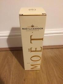 Moët champagne Box