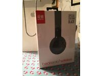 Beats solo 3 wireless headphones; special edition black