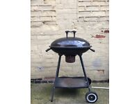 Oval Outdoor BBQ (Barbeque) Kettle