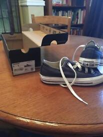 Converse Navy size 3