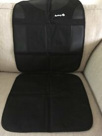 Safety 1st back seat child car seat protector.Isofix compatible. Excellent condition, used once.