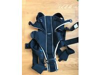 BABYBJÖRN Baby Carrier Miracle Black/Silver