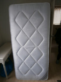 SINGLE 3' MATTRESS MEDIUM FIRMNESS OPEN COIL SPRING USED FOR ONE WEEK ONLY