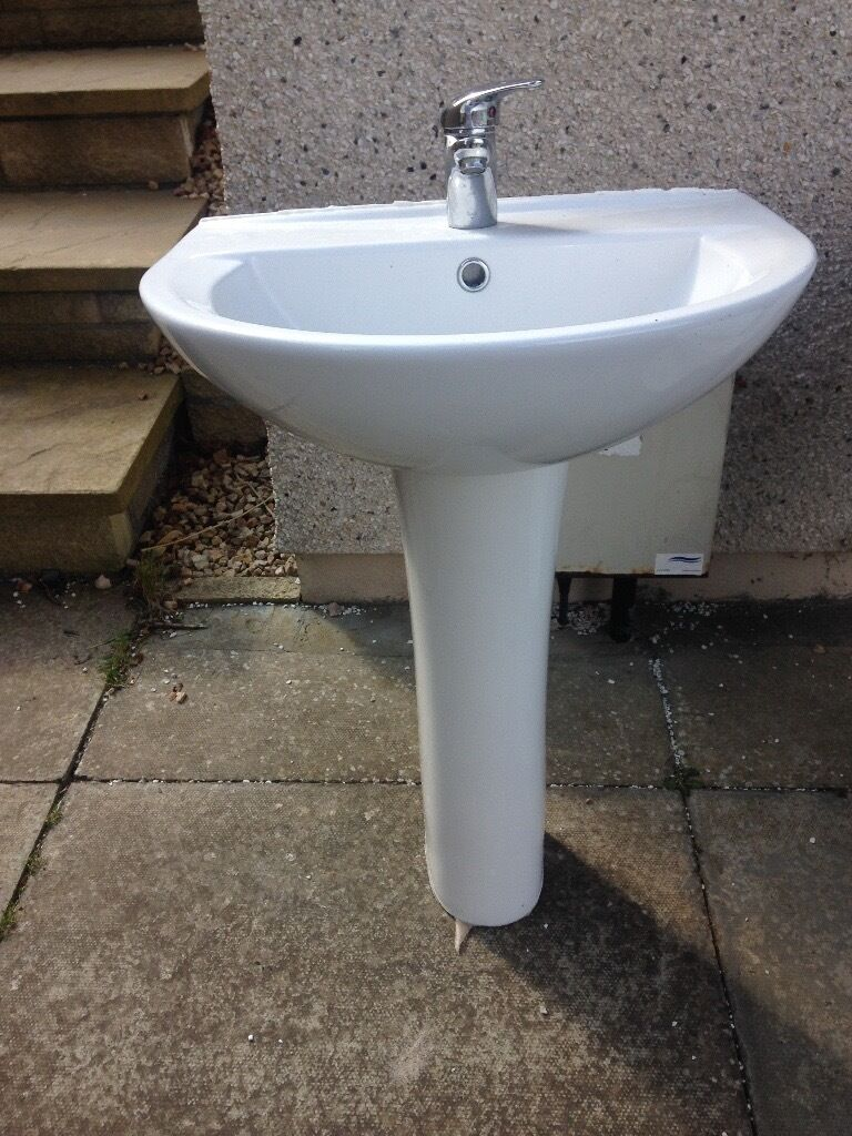 Bathroom Sinks Gumtree white cersanit sink and toilet | in nairn, highland | gumtree