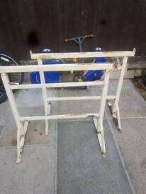 Builders stands 15 pound
