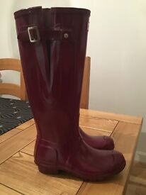 Ladies original adjustable gloss wellington boots - Size 4 For Sale