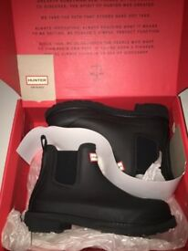 Black Hunter Wellies never been worn UK size 6