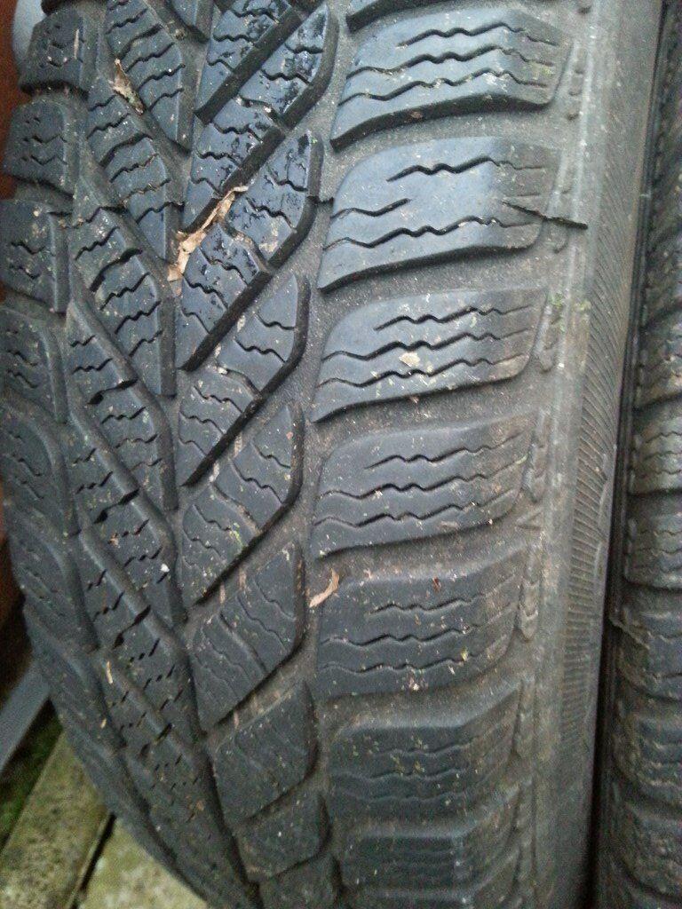 Winter tires 165/70 R14 Debica Frigo for Skoda Fabia / WW Polo Wheels they did only 400miles