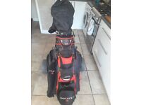 FULL SET OF SRIXON GOLF CLUBS WITH TROLLEY