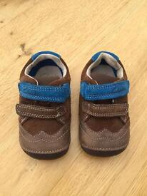 Brand New in box Clarks first shoes - brown combi lea, size 3.5 G
