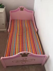 Princess toddler bed with mattress
