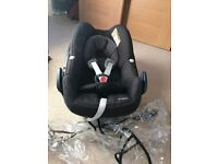 Maxi Cosi Pebble infant baby car seat (black raven) + IsoFix + raincover