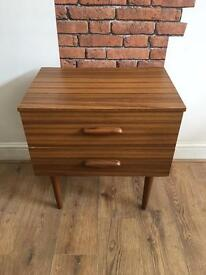 Sixties chest of drawers, bedside table