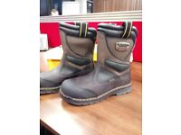 DR MARTIN RIGGER BOOTS - SIZE 11