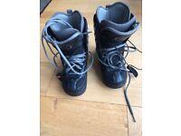 Women's Nitro snowboard boots black