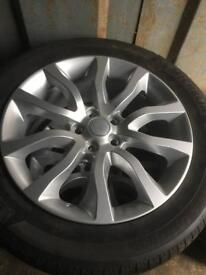 "2015 Range Rover alloys 20"" with tyres"
