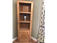Oak corner bookshelf/display cabinet