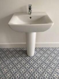 Sottini pedestal handbasin with tap