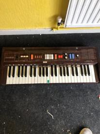Casio casiotone 403 electronic musical instrument