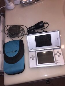 BRAND NEW Nintendo DS with Games