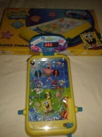 SPONGEBOB SQUAREPANTS LARGE ELECTRONIC PINBALL MACHINE