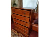 Chest of drwers. Pine. Antique style. 5 drawers. Heght - 120 cm. Width 87 cm. Depth 43cm Solid wood