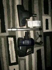 Cordless vacuum hoover