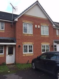 a 3 bed semidetached house , DG, CGH, Very good condition ,near Grammer School, metro and Tesco