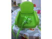Munchkin booster seat and tray - excellent condition